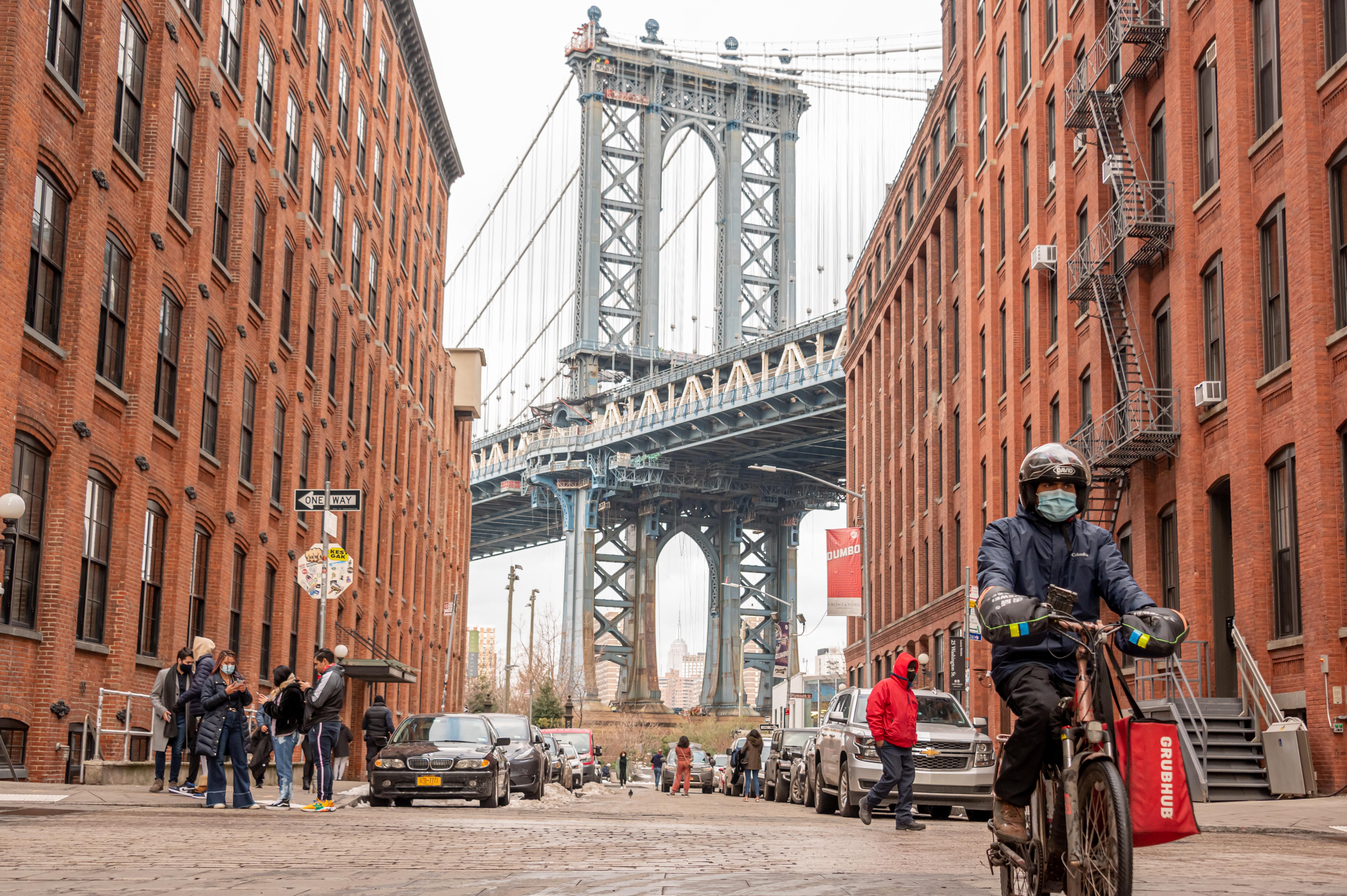 DoorDash, Uber Eats and Grubhub sue NYC over restaurant fee limits