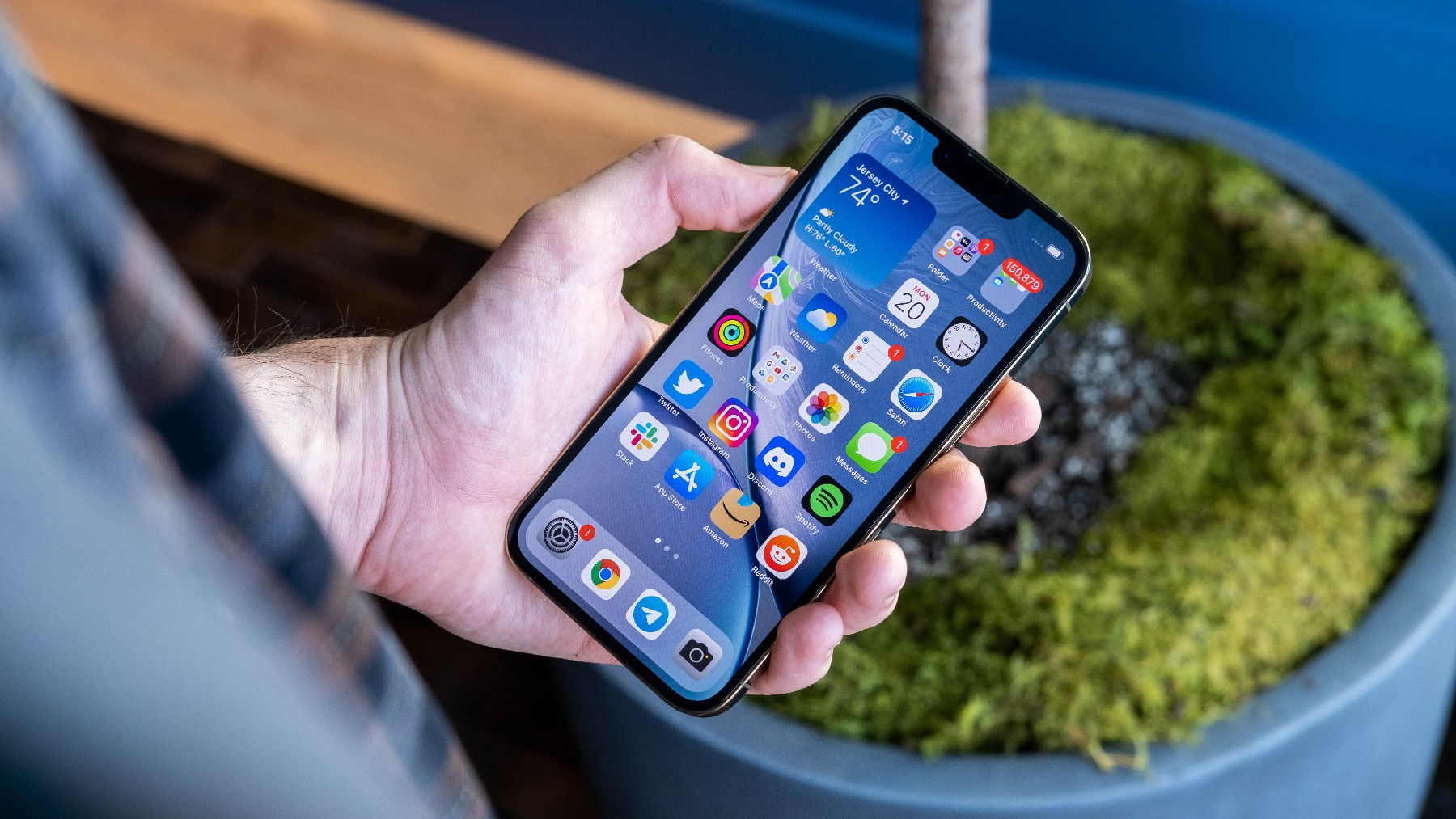 iPhone 13 Pro's 120Hz display limits some third-party app animations to 60Hz