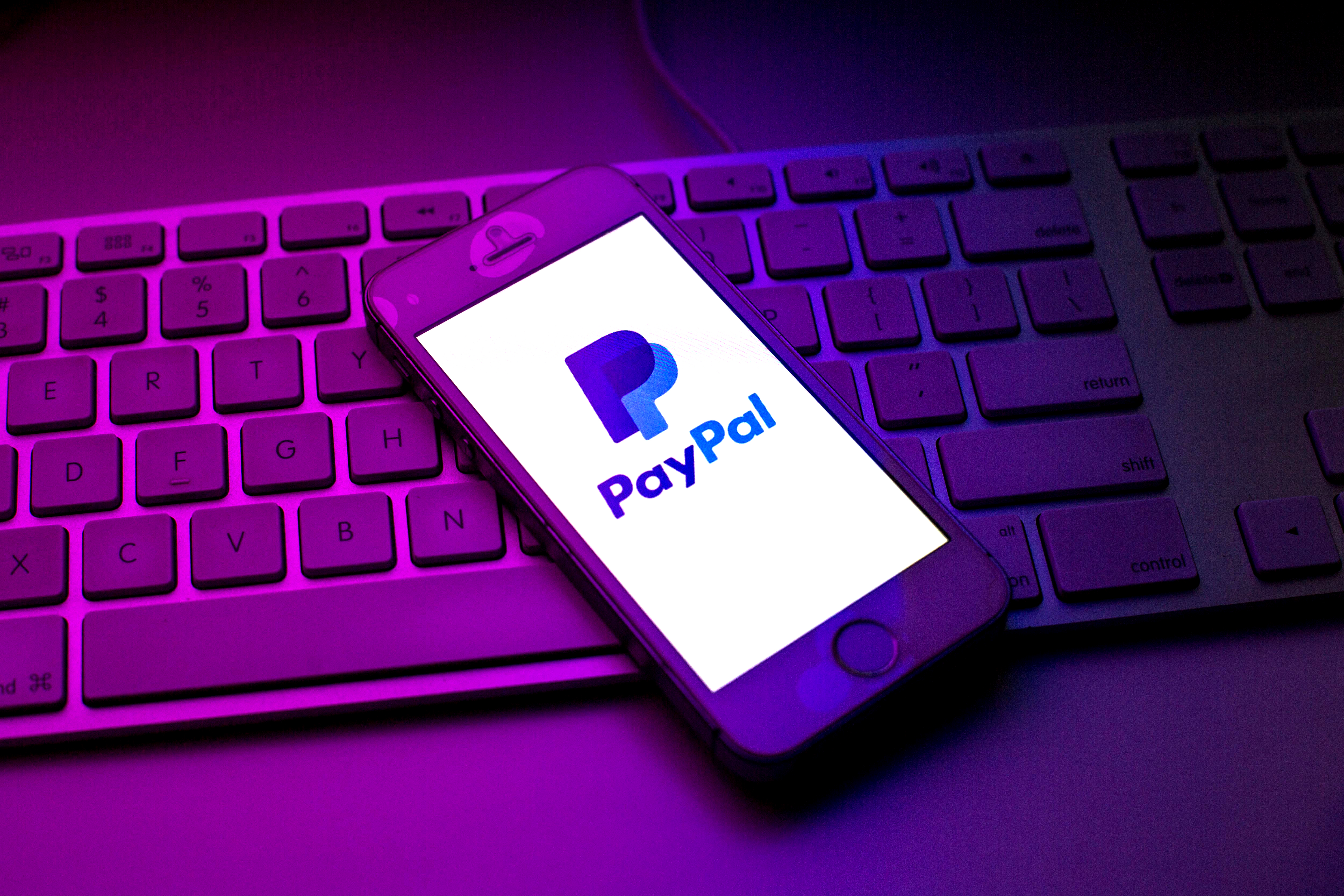 PayPal might buy Pinterest