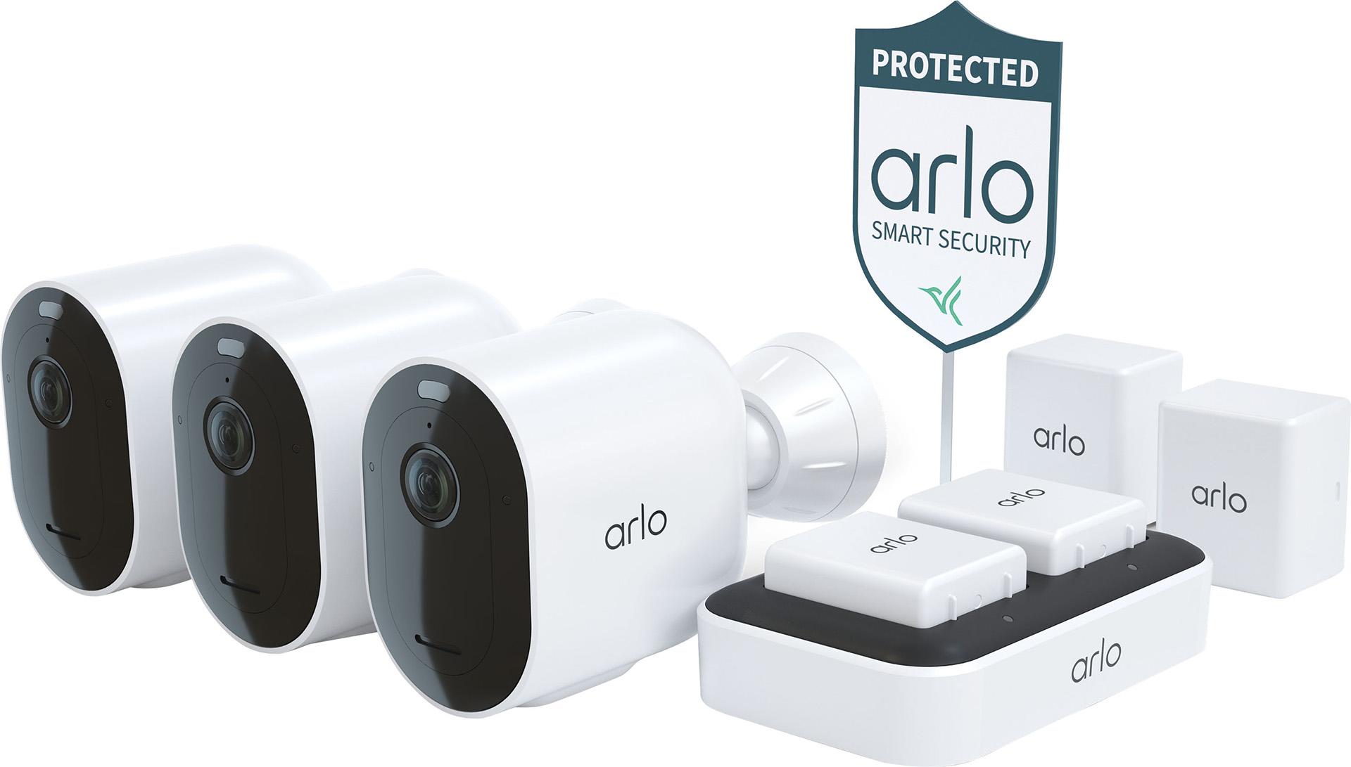 Arlo Pro 4 Spotlight bundle