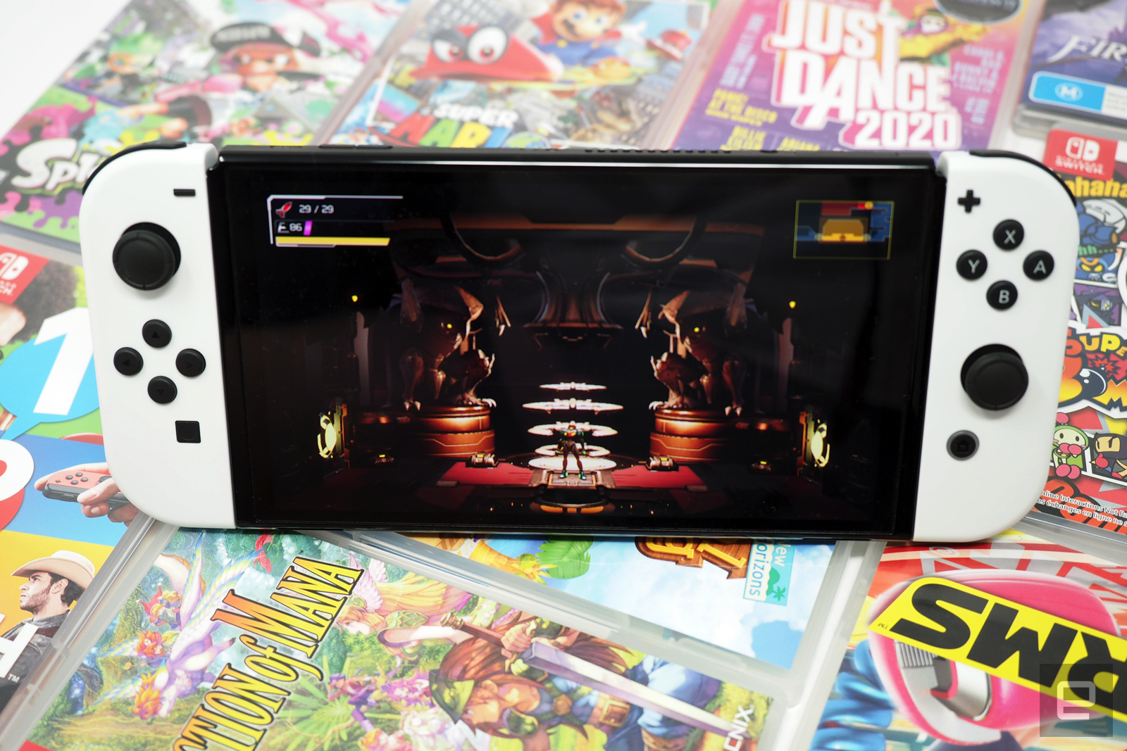Nintendo Switch OLED review: Beautiful, but not a must-have, Gift Card Maverick, giftcardmaverick.com