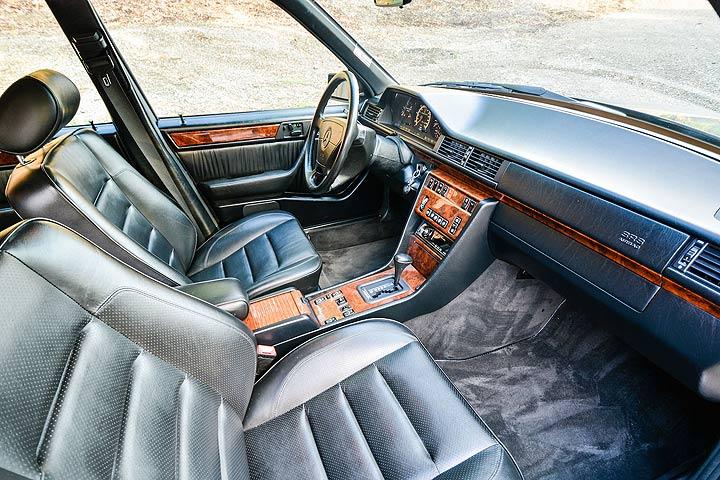 https://s.yimg.com/os/en-US/cms/autos/Boldride/mercedes-benz-500e-interior-3.jpg