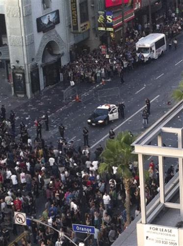 Hollywood film premiere descends into riot