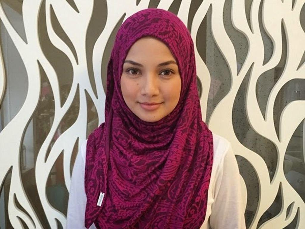 Neelofa Buka Butik Tudung Di Kuala Lumpur