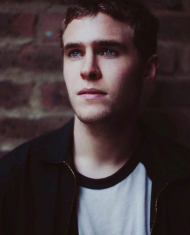 Iain De Caestecker Gets Lead In Ryan Gosling-Directed 'How To Catch A Monster'