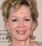 Jean Smart Cast In NBC's Craig Robinson Comedy Pilot