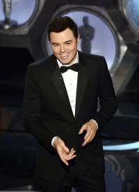 Nikki Finke's Oscar Live-Snark: Four Hours Of Unfunny Seth MacFarlane; Unnecessary Michelle Obama; 'Argo' Wins Best Picture