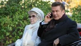 That Alec Baldwin Is So Good To His TV Mother!