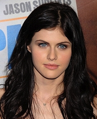 'Texas Chainsaw's Alexandra Daddario, 'Twilight Saga's Elizabeth Reaser, 2 'Wire' Alums Join New HBO Series 'True Detective'
