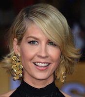 Jenna Elfman Joins NBC's 'Growing Up Fisher'