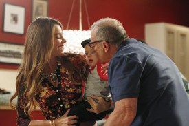 ABC's 'Modern Family' Starts Season As Top Entertainment Show With Upscale Young Viewers