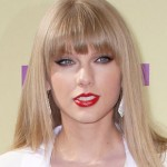Taylor Swift To Co-Host CBS' Grammy Nominations Special