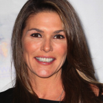 Paige Turco Joins 'The 100′, 'The Selection', 'The List' & 'Rake' Also Add To Casts