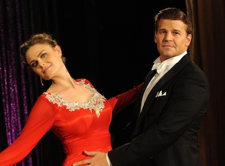 Ratings: Bones, HIMYM and Broke Girls Hit Season Highs, Deception Drops