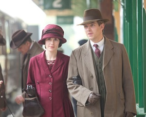 Downton Abbey Creator Defends [Spoiler]'s Death, Reveals Length of Season 4 Time Jump
