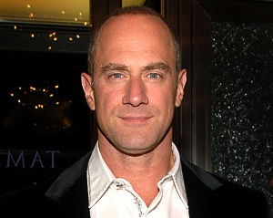 Fox Pilot Scoop: Chris Meloni to Headline Bill Lawrence's I Suck at Girls Comedy Adaptation