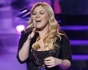 American Idol Brings Back Kelly Clarkson