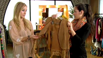 Kristen Bell's CMT Wardrobe Dilemma