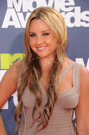Why Amanda Bynes' Meltdown Is So Fast, Messy and Public