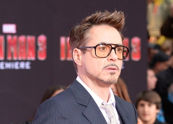 Will Robert Downey Jr. Strike Blow for Movie Star Power With 'Avengers' Deal?