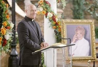 'Young and the Restless': Corbin Bernsen Returns for Katherine Chancellor Memorial Service (Photo)