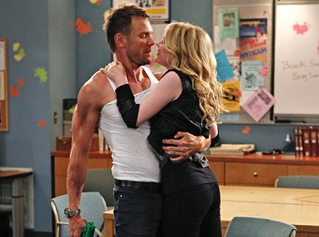 Ratings: 'Community' Grows With Premiere; CBS Wins With Rising 'Big Bang Theory'
