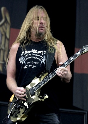 Jeff Hanneman, Slayer Guitarist, Dead at 49
