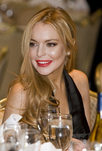 Lindsay Lohan in Talks for 'Scary Movie 5'