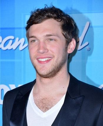'American Idol' Winner Phillip Phillips' Kidney Surgery Done