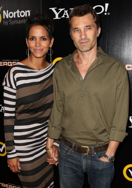 Halle Berry and Olivier Martinez step out the 'Cybergeddon' premiere at the Pacific Design Center in West Hollywood, Calif. on September 24, 2012 -- Getty Premium