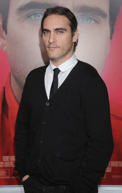 Joaquin Phoenix arrives at the Los Angeles premiere of 'Her' at Directors Guild Of America on December 12, 2013 in Los Angeles -- Getty Images