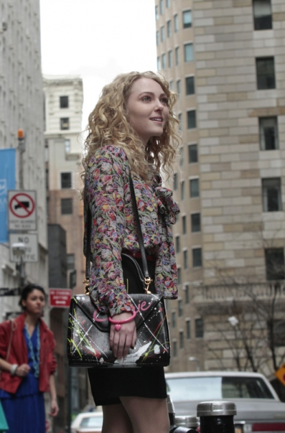 AnnaSophia Robb as Carrie Bradshaw in The CW's 'The Carrie Diaries' -- The CW