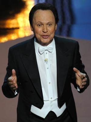 Billy Crystal to Star in FX Comedy Pilot From Larry Charles