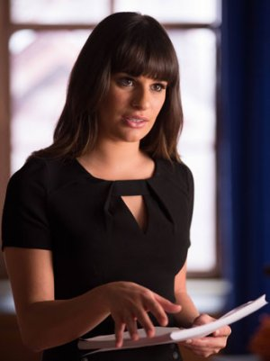 'Glee': Rachel's 'Torn,' Sam and Brittany Are Divided and Tina Likes Nudity in New Promos (Videos)