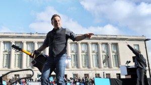 Bruce Springsteen, Jon Bon Jovi to Perform at Harvey Weinstein's Sandy Relief Concert