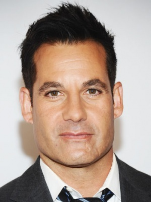 'Burn Notice' Taps Adrian Pasdar for Major Recurring Role (Exclusive)