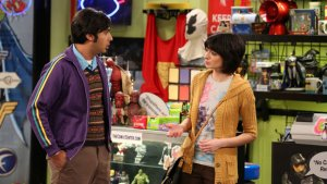 'Big Bang Theory's' Kate Micucci on Lucy and Raj's Awkwardly Endearing Romance