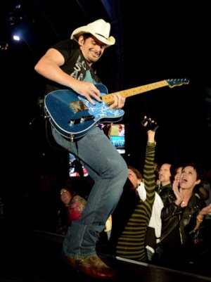 Brad Paisley Explains Intentions Behind 'Accidental Racist': 'It Comes From a Good Place' (Video)