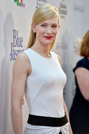 Cate Blanchett to Make Directorial Debut With 'The Dinner'