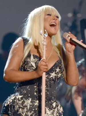 Christina Aguilera to Perform, Receive Award at People's Choice Awards
