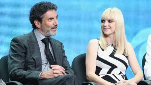 Chuck Lorre on 'Mom': CBS' New Comedy Has Roots in 'Cybill,' 'Grace Under Fire'