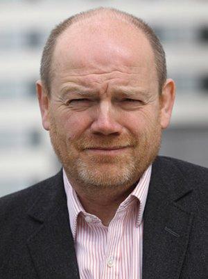 Former BBC Boss Says He Fully Informed Governing Body of Severance Deals