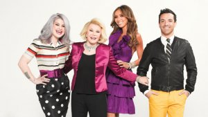 'Fashion Police' Protest: Writers Chant 'Joan Rivers, Can We Talk?