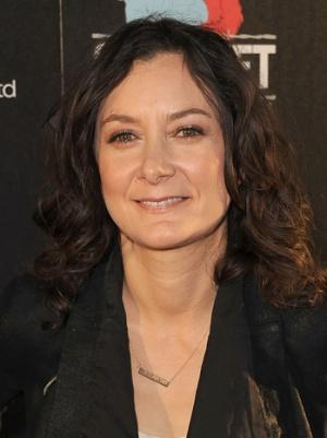 'The Talk' Co-Host Sara Gilbert Books CBS' 'Bad Teacher' Pilot