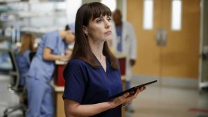 'Grey's Anatomy's' Constance Zimmer Previews Seattle Grace's Sale, 'Entourage' Movie Gig