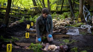'Hannibal's' Bryan Fuller on the Rise of the Horror Genre, Violence on TV