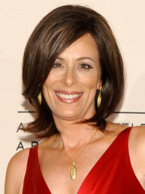 Jane Kaczmarek to Co-Star in Fox Comedy 'Friends and Family'