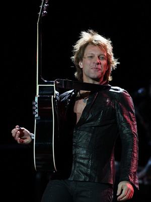Jon Bon Jovi's Son Suits Up For Notre Dame