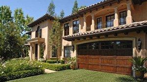Kim Kardashian Sells Her Beverly Hills Estate