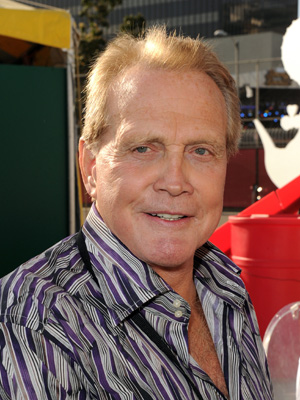 'Dallas': Lee Majors Heads to South Fork With Help From Larry Hagman